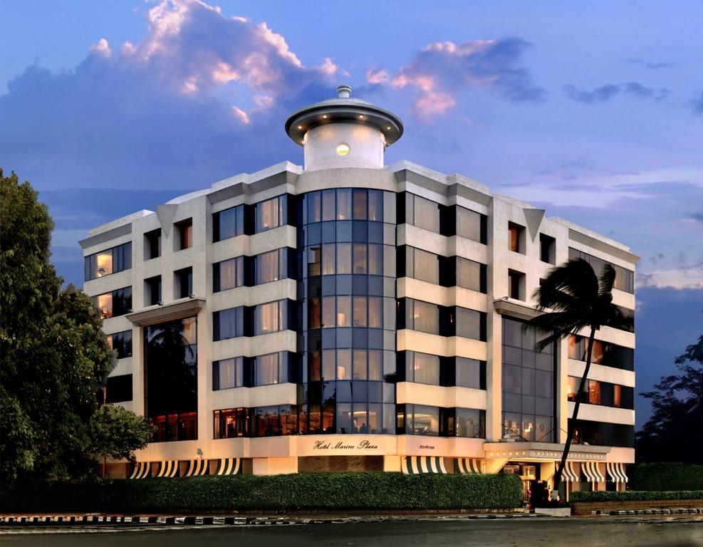 hotel-marine-plaza-mumbai