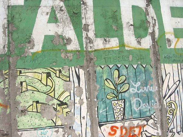 berlin-details-of-the-berlin-wall