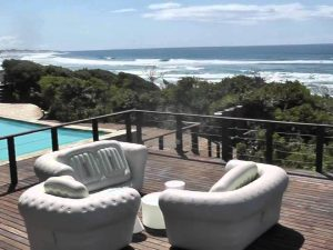 Honeymoon spots in Africa – Jungle Love