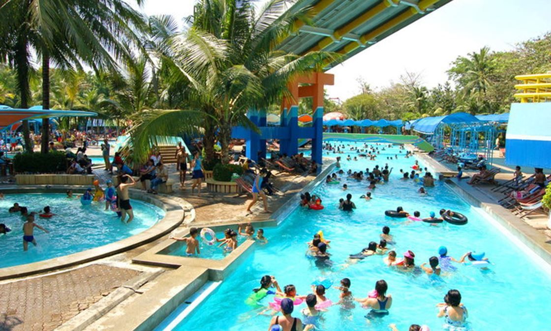 7 Best Water Parks in the World in 2019 | Easy Vacation Planning