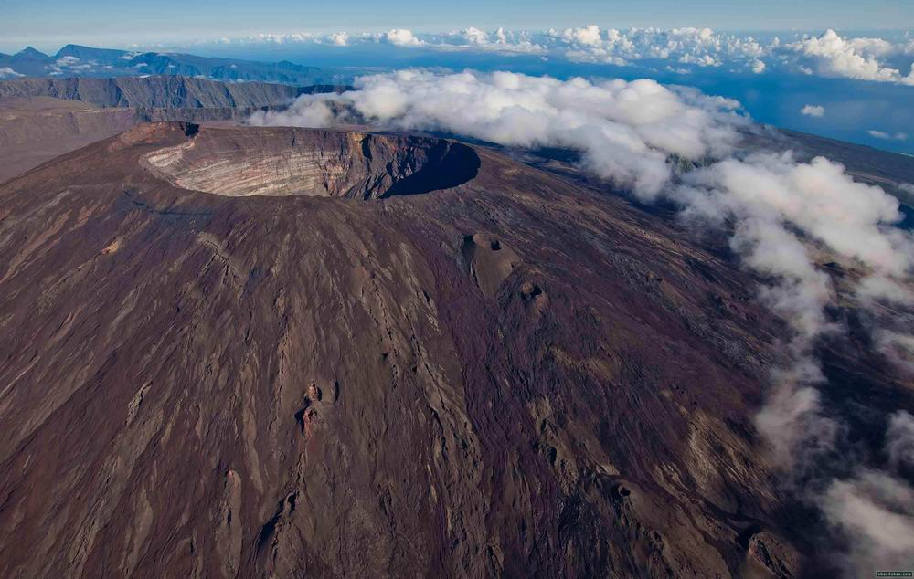 piton-de-la-fournaise-volcano-reunion